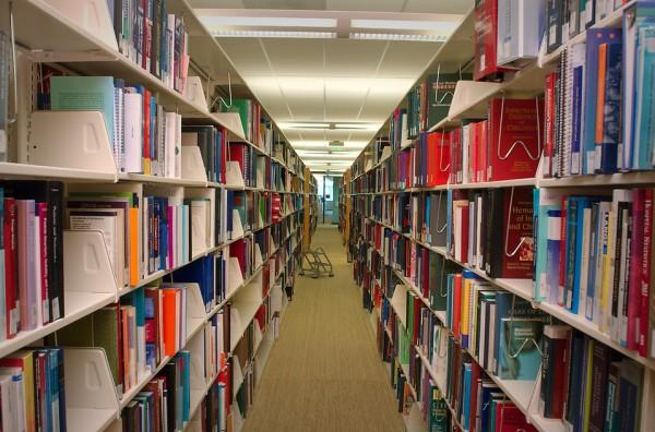 发展至今 为何互联网还没干掉图书馆?